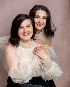 emapruteanu-portrait-family-mother&daughter